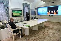 Президент провел видеоконференцию с буровой платформой «Беркут»Президент провел видеоконференцию с буровой платформой «Беркут»